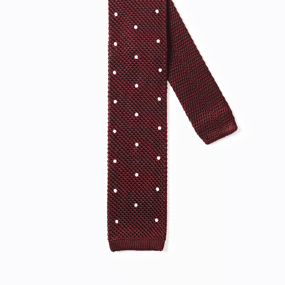 Knitted Tie With Spots